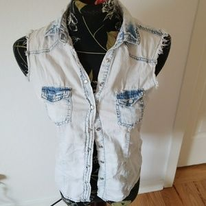 Wet seal bleached jeans soft sleeveless top
